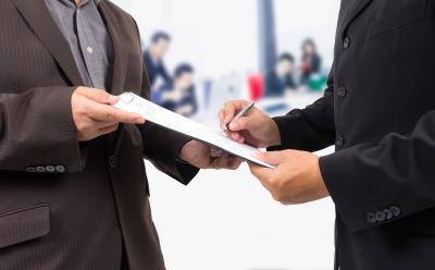 Rédaction contrat travail avocat Aubagne